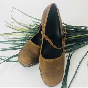 ECCO. Brown loafers